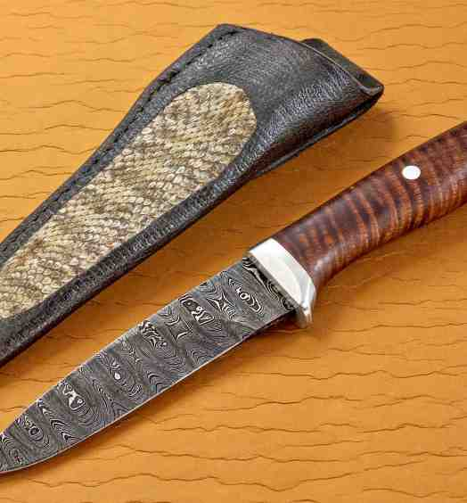 Ladder Damascus Hunter with Curly Koa Handle