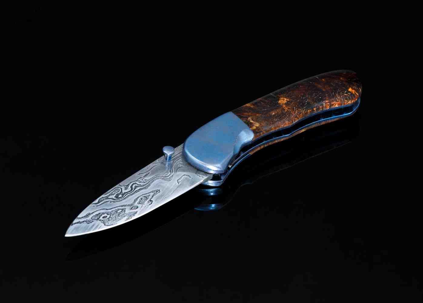Textured titanium bolster